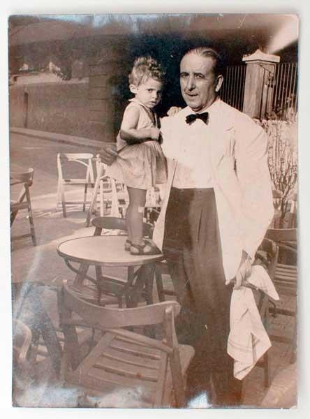 maria-iborra-y-el-camarero-1958